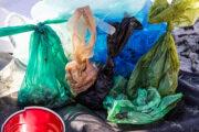 В ООН задумались о борьбе с пластиковыми упаковками: Общество: Мир: Lenta.ru