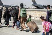 Власти США выявили среди эвакуированных афганцев 44 потенциально опасных: Преступность: Мир: Lenta.ru