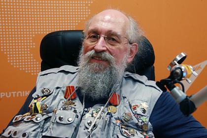 Вассерман предложил учить школьников владеть оружием: ТВ и радио: Интернет и СМИ: Lenta.ru