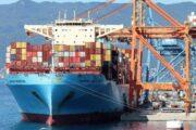 Maersk: кризис с поставками можно решить только за счет снижения покупательского спроса